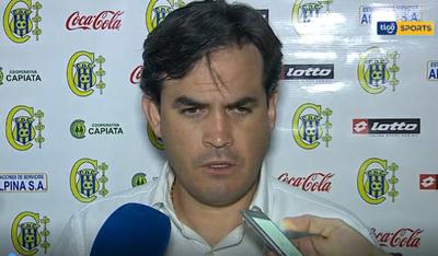 Diego Gavilán lamenta los errores de su equipo