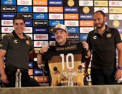 """El show de Maradona en su día más """"Dorado"""""""