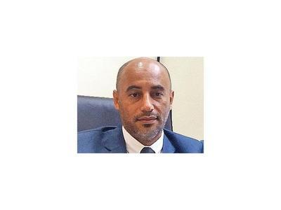 Fiscalía intervino el MEC tras denuncia contra  ex   director