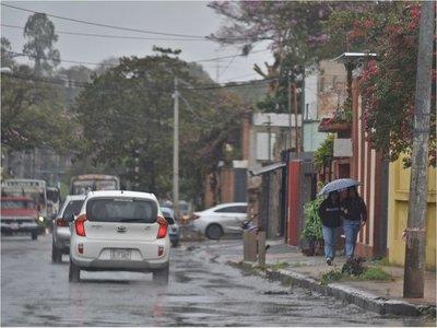 Lluvias y tormentas afectarían a siete departamentos