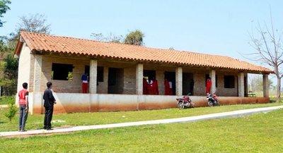 En ocho años no terminan obras en escuelas y colegio de Gral. Aquino