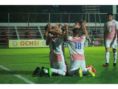 Intermedia: El San Lorenzo golea y se mete en la pelea