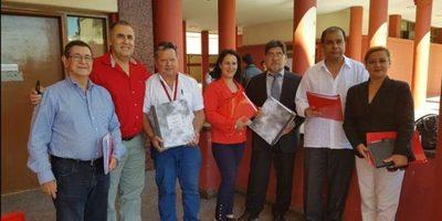 Dr Jorge Rodas inscribió candidatura