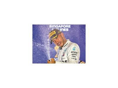 Hamilton acelera hacia  su 5° título