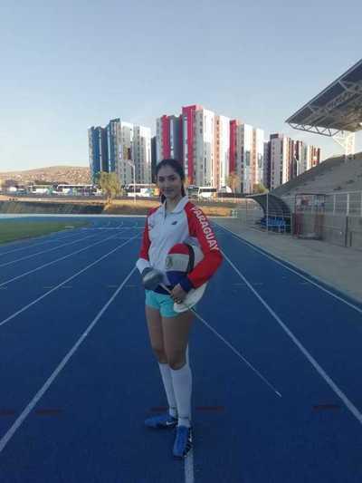 Montserrat Viveros la joven esgrimista con sueño Olímpico