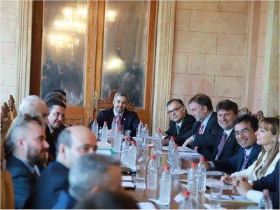 Gobierno lanza proceso de diálogo social para reforma educativa