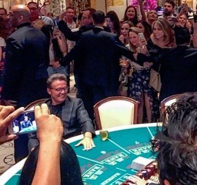 Guarara por Luis Miguel en casino