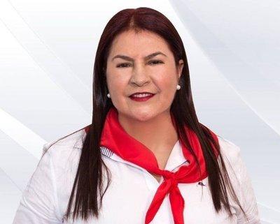 Odila Báez fue nombrada en Itaipú Binacional