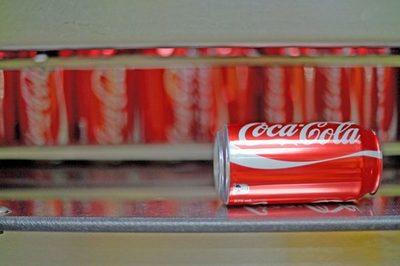 Coca-Cola analiza el mercado del cannabis