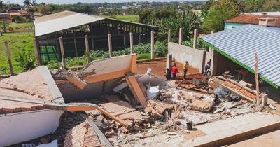 Derrumbe de edificio: Comuna aclara que alertó del peligro en tiempo y forma