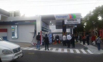 Inauguran primera Petropar en Asunción