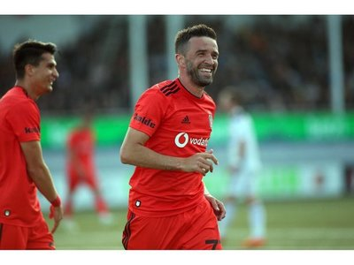 Leipzig, Genk y el Besiktas encarrilan sus eliminatorias