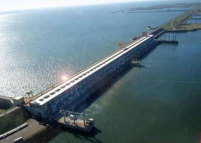 Solicitan apertura de paso fronterizo por la represa de Yacyretá