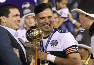 HOY / Olimpia asegura a Roque para la Libertadores 2019