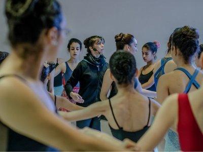Organizan encuentro para bailarines con charlas y ferias