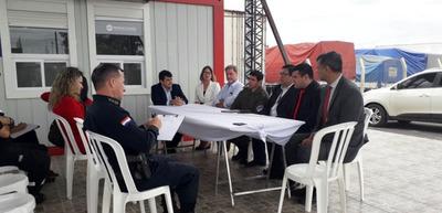 Prorrogan implementación de control de buses en Puerto Falcón