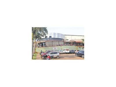 CDE:  Nuevo director anuncia  cierre de un  pabellón del Hospital Regional
