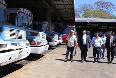 Quieren subir el pasaje a buses de corta distancia