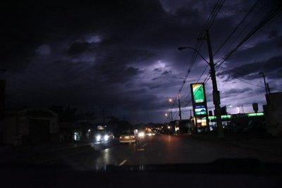 Anuncian jornada con lluvias y tormentas