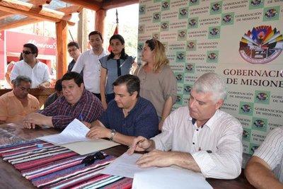 MOPC firmó convenio con municipios y Gobernación de Misiones