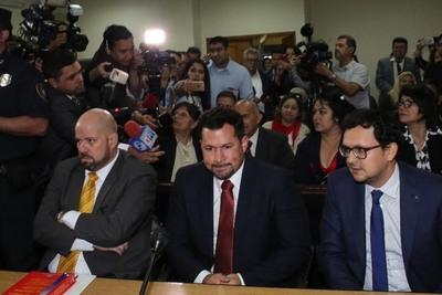 Ulises Quintana no puede ser detenido, según Álvaro Arias