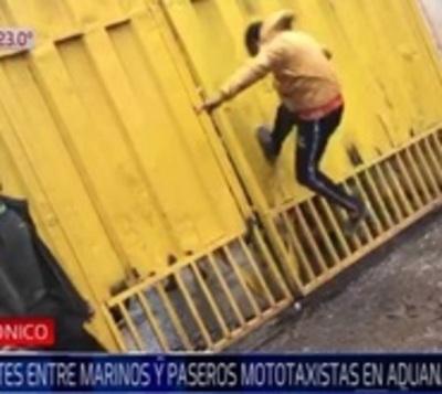 Paseros furiosos por controles crean disturbios en Aduanas