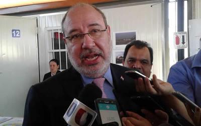 Diputado Zacarías dijo que es sorpresiva la forma en que asumirá su esposa