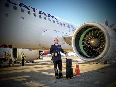 Paraguayo pilotará el avión comercial más grande del mundo