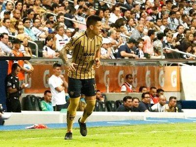 Los Pumas de Iturbe gana la partida al Chivas de Pepe Cardozo