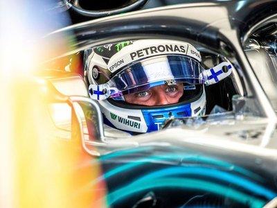 Bottas arrebata la pole a Hamilton