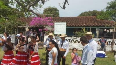 Mil personas recorrieron el trazado del poeta Emiliano
