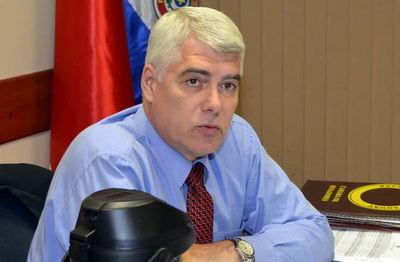 Ministro anuncia asfaltado de acceso a Raúl Peña