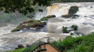 Rechazan proyecto de construcción de hidroeléctica en los Saltos del Monday