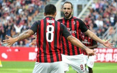 Suso e Higuaín lanzan al Milan