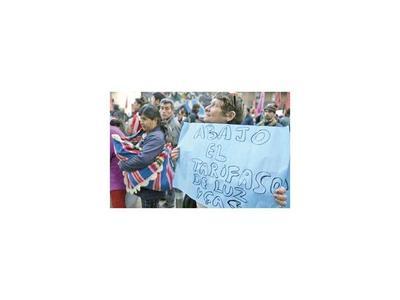 Denuncia por abuso de autoridad a  secretario de Energía argentino