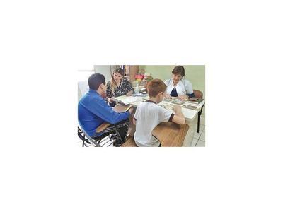 Estimulan lectoescritura de niños en Hospital de Clínicas