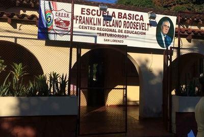 Toman la Escuela Roosevelt de San Lorenzo