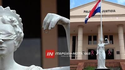 ROBAN BALANZA Y ESPADA DE LA DIOSA ASTREA DEL TRIBUNAL DE ENCARNACIÓN.