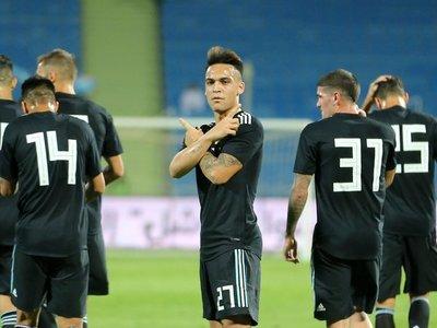 Argentina golea a Irak en la previa del partido ante Brasil