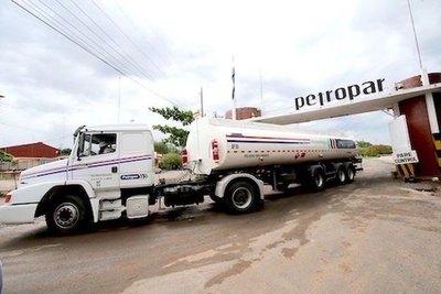Riera despotricó contra  nueva presi de Petropar