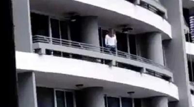 Mujer perece al caer de un edificio mientras se tomaba una selfie