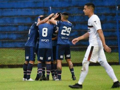 Con 10, Nacional supera a General Díaz