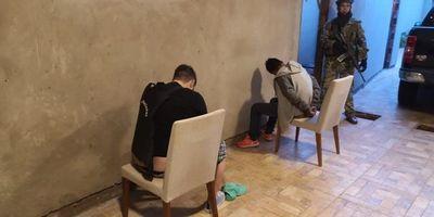 Incautan armas y drogas en Pedro Juan Caballero