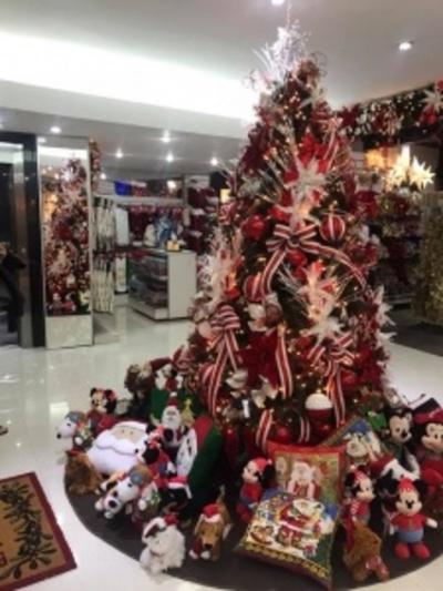 La Navidad se adelanta en los comercios de todo el país