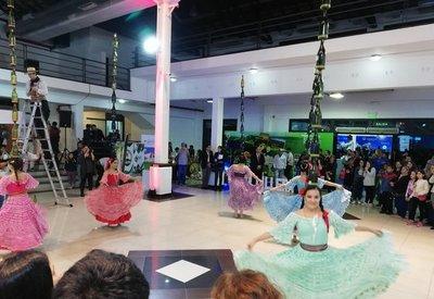 Feria culmina con atractivas propuestas
