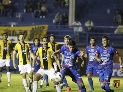 """Juan Alberto Acosta: """"El torneo se está descomponiendo"""""""