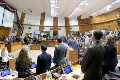 Comisión de Diputados elaboró dos proyectos para reglamentar pérdida de investidura