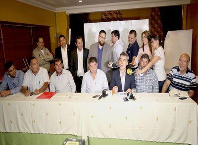 Gremios presentarán hoy denuncia contra la presidenta de Petropar