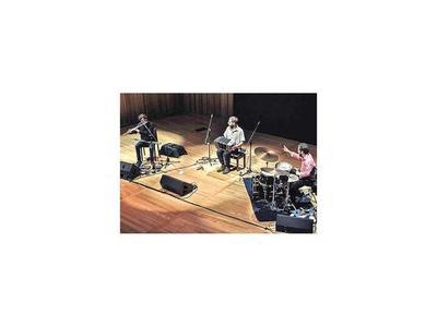 Trío porteño   de jazz contemporáneo y fusión se presenta hoy en el Salazar