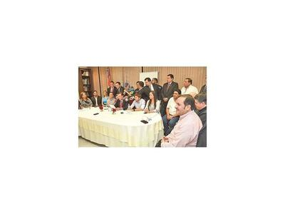 Malestar de diputados por modificaciones en orden del día establecido en reunión